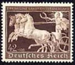 787200: Sport & Games, Horseback Riding, Horse Races