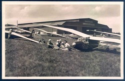 446520: Aviation, Gliders, Pilots