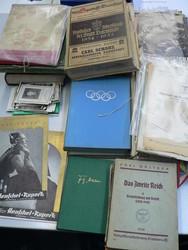 9958: Books/autographs