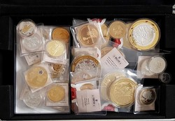 100.100: Multiple Lots - Medals