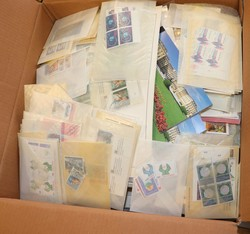 7590: Collections and Lots, United Nations - Stamps bulk lot
