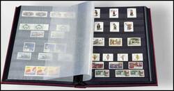 900: Briefmarkenalben