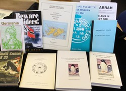 8700500: Literature Thematic - Collections