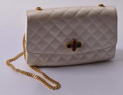 300.50: Fashion, Hand Bags