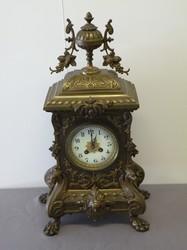 800: Clocks