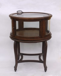 350: Möbel, Einrichtung